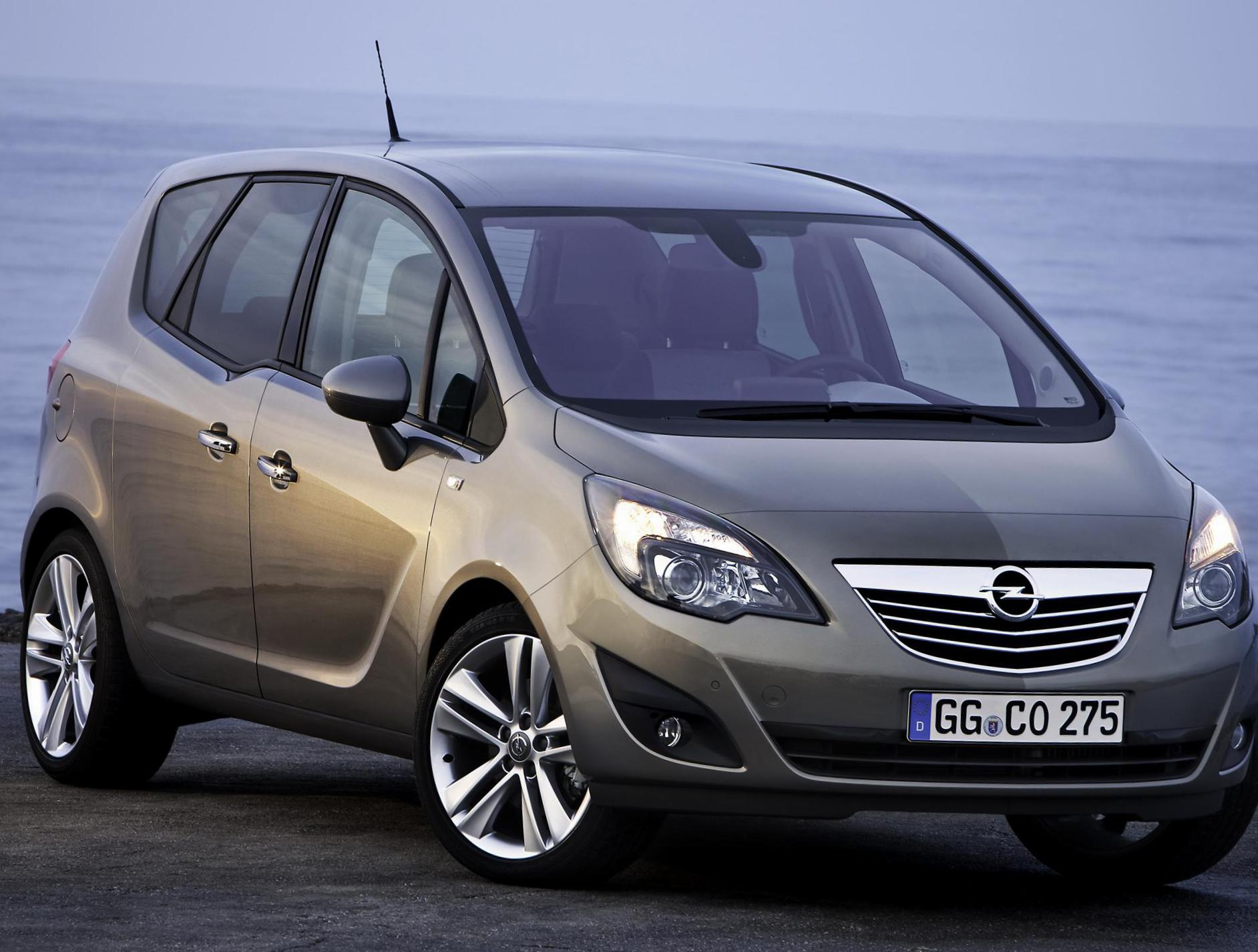 Opel Meriva B Specifications sedan