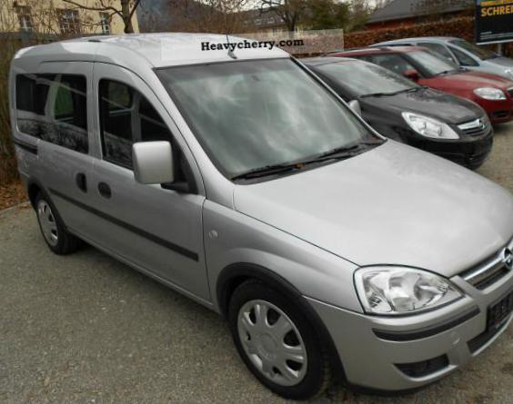 Opel Combo Tour models 2007