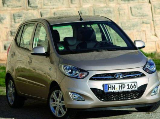 107 5 doors Peugeot review 2011