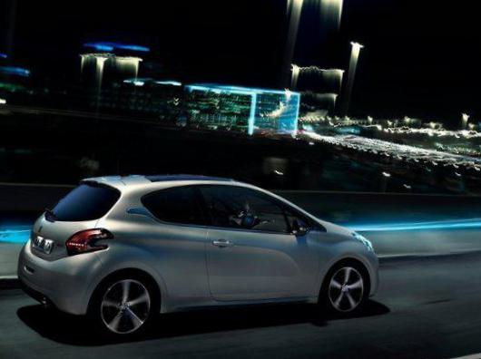 208 3 doors Peugeot Specification 2008
