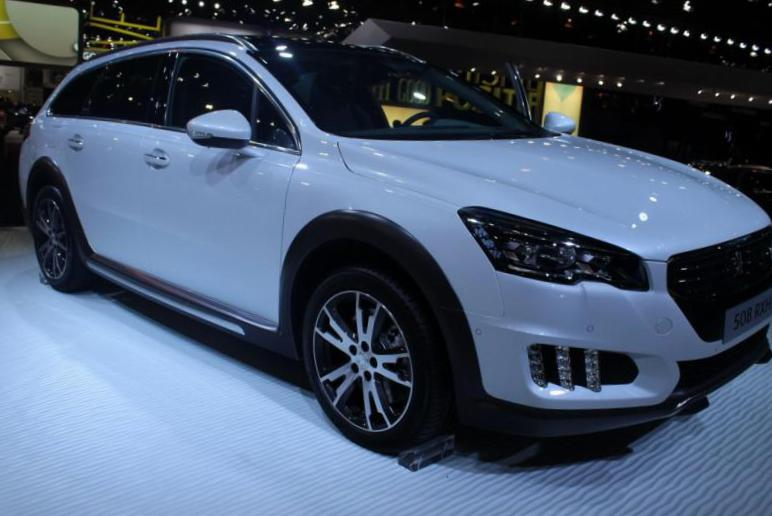 508 HYbrid4 Peugeot Specifications suv