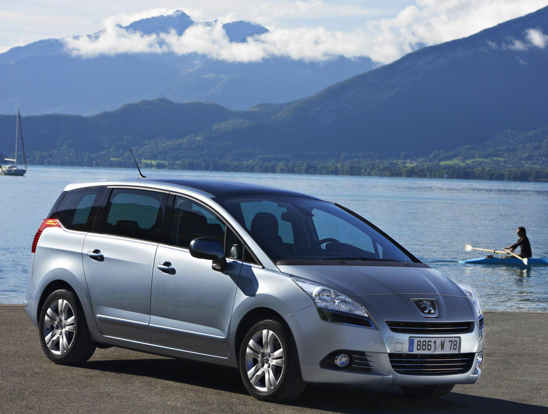 Peugeot 5008 Specifications hatchback