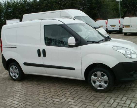 Doblo Cargo Fiat how mach hatchback