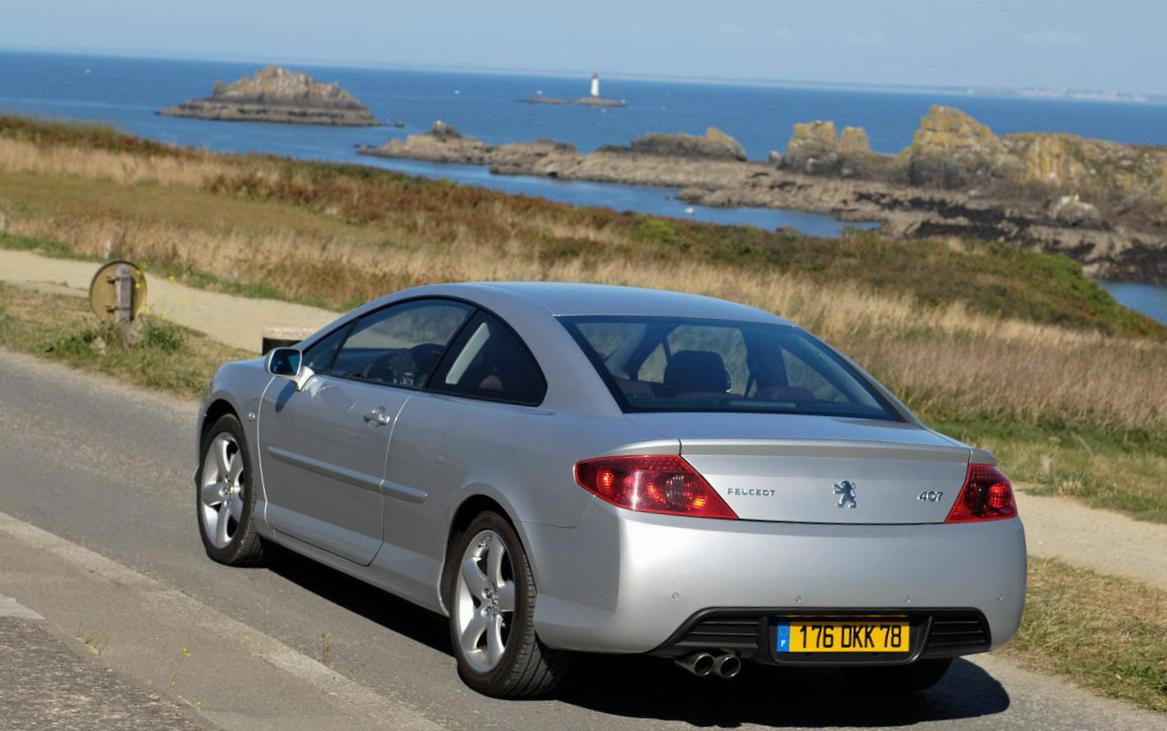 Peugeot 407 Coupe spec liftback