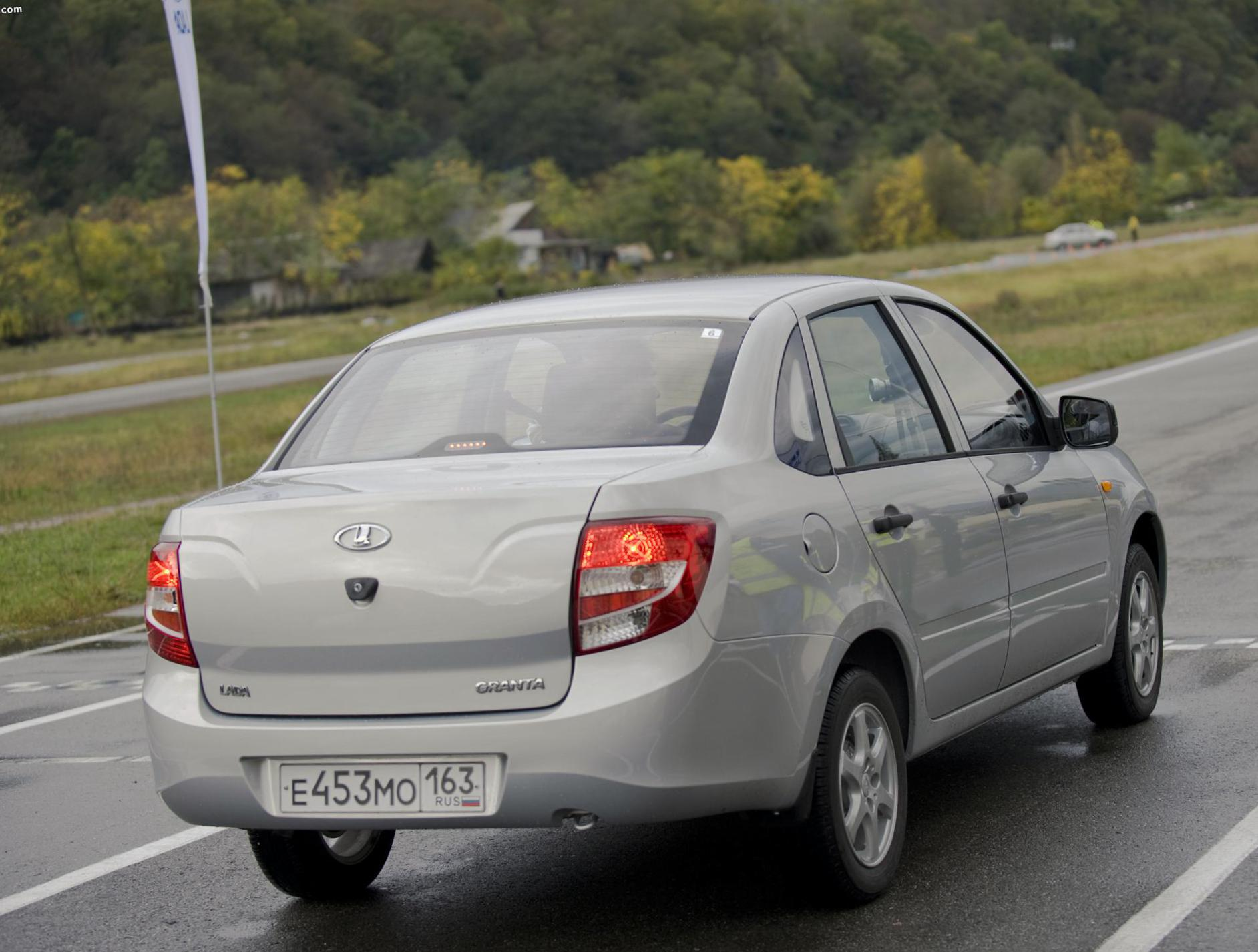 Lada Granta 2190 prices 2015