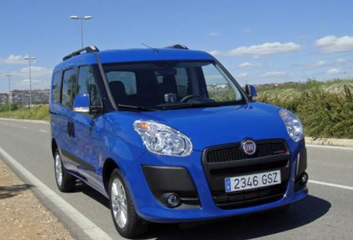 Doblo Panorama Fiat review hatchback