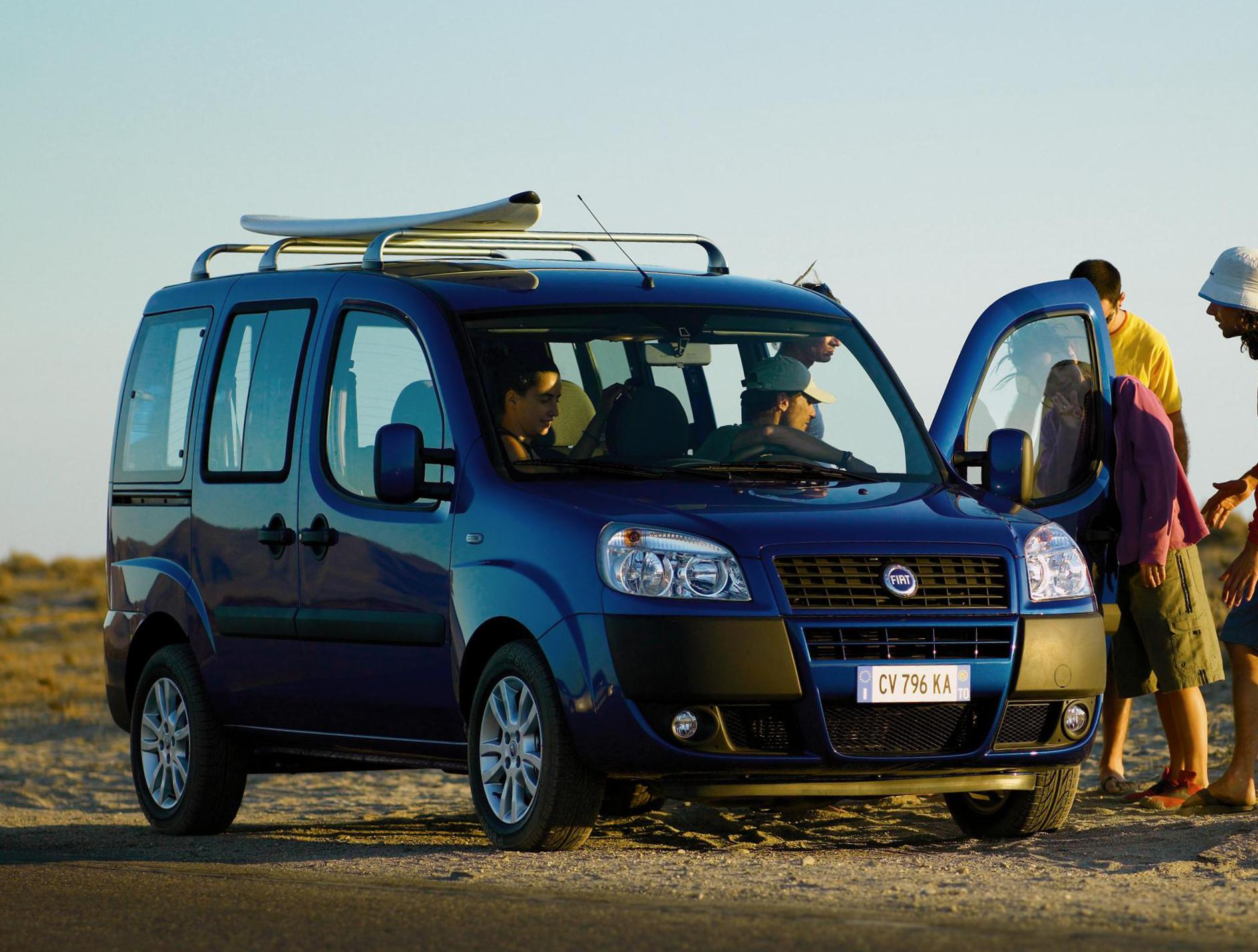 Fiat Doblo Panorama reviews 2011