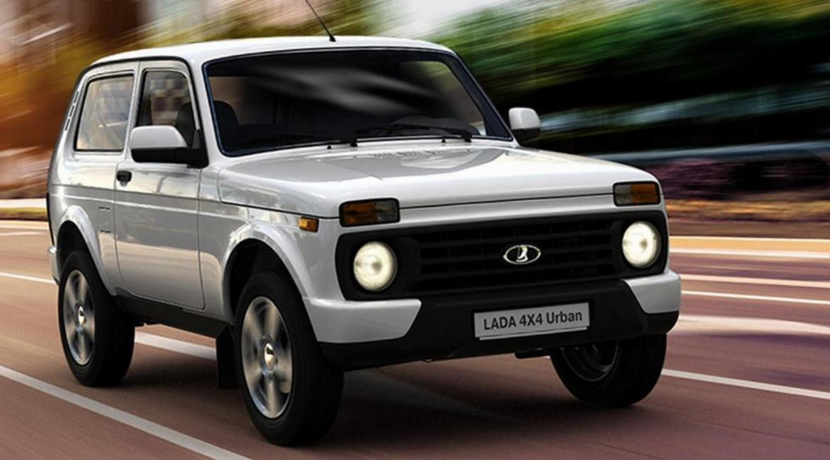 Lada 4x4 Urban   lease hatchback