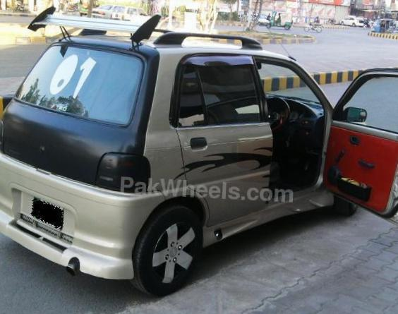 Daihatsu Cuore Photos and Specs  Photo: Cuore Daihatsu parts
