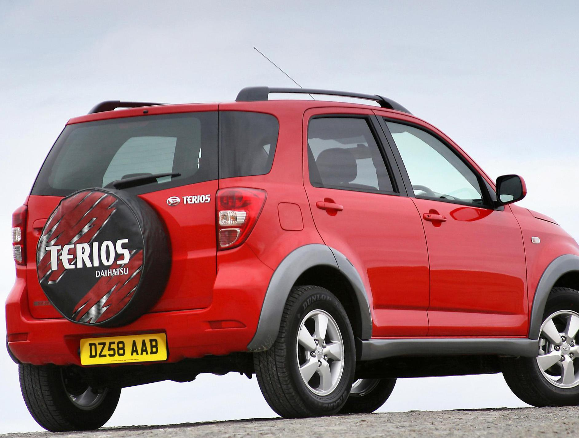 Terios Daihatsu reviews liftback