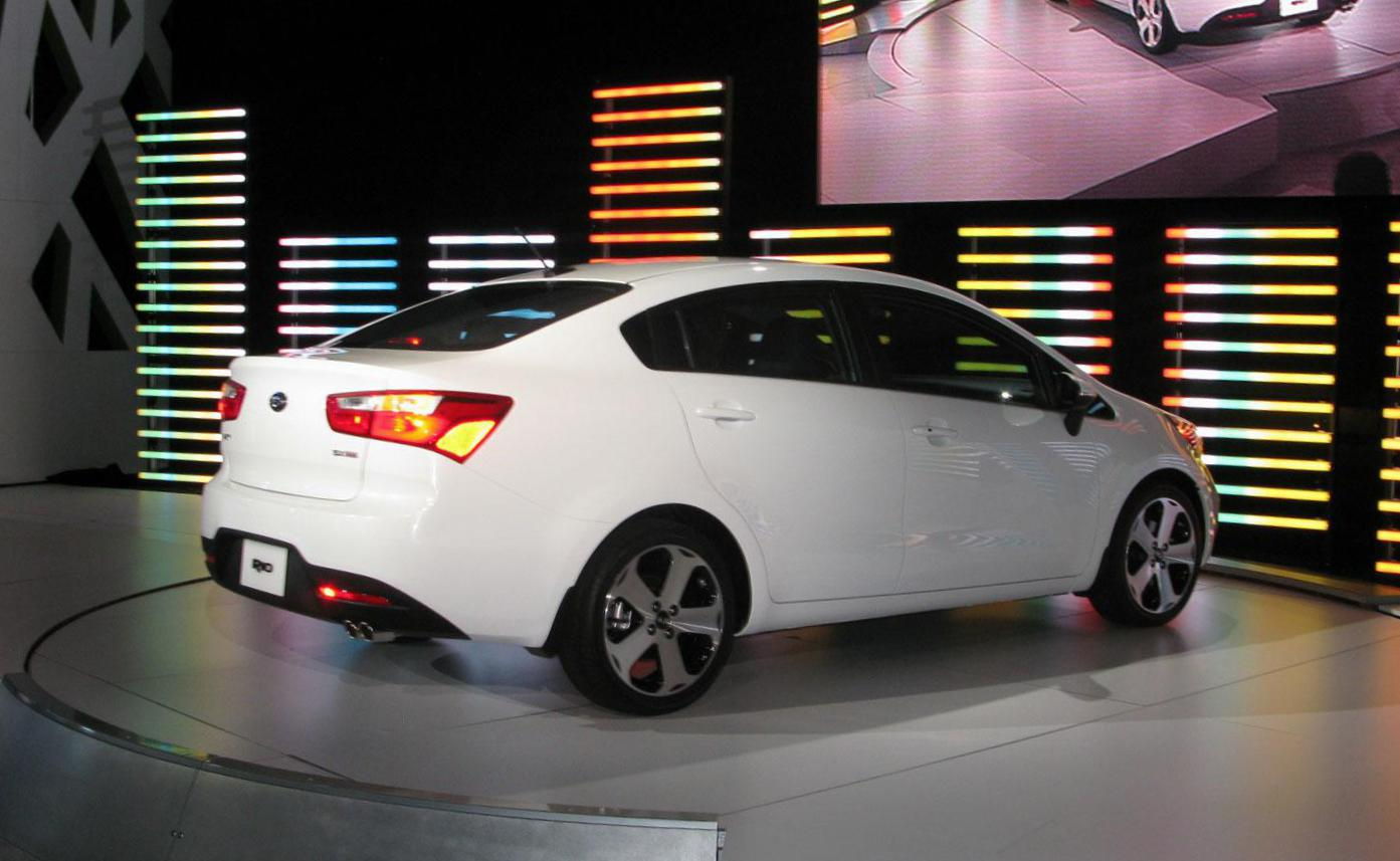 Rio Sedan KIA lease 2013