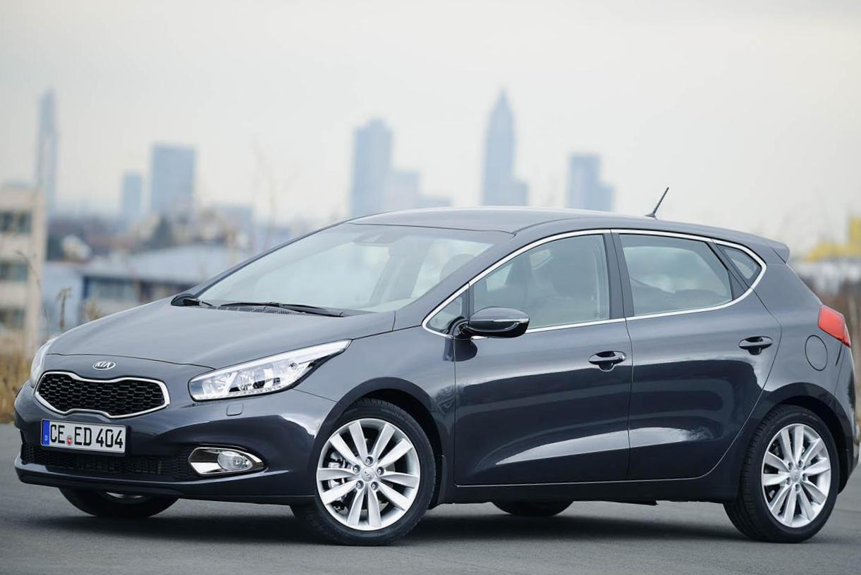KIA Ceed SW usa liftback