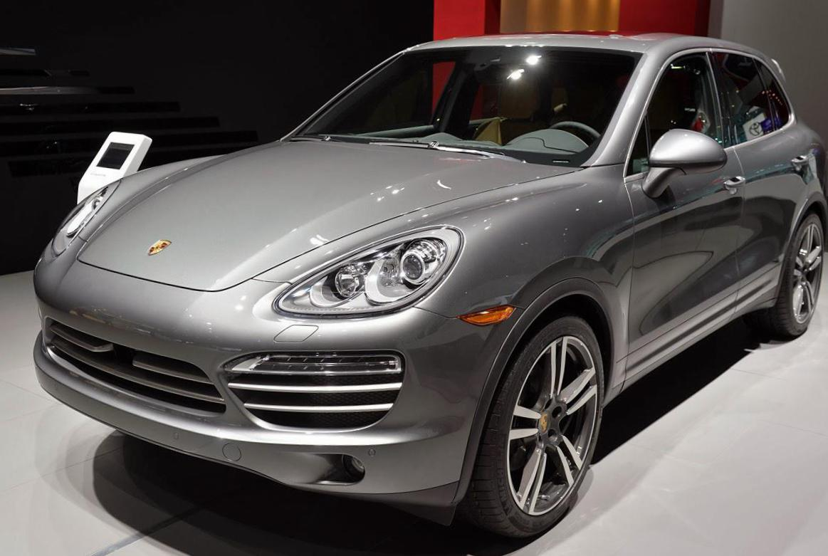 Porsche Cayenne Specifications van