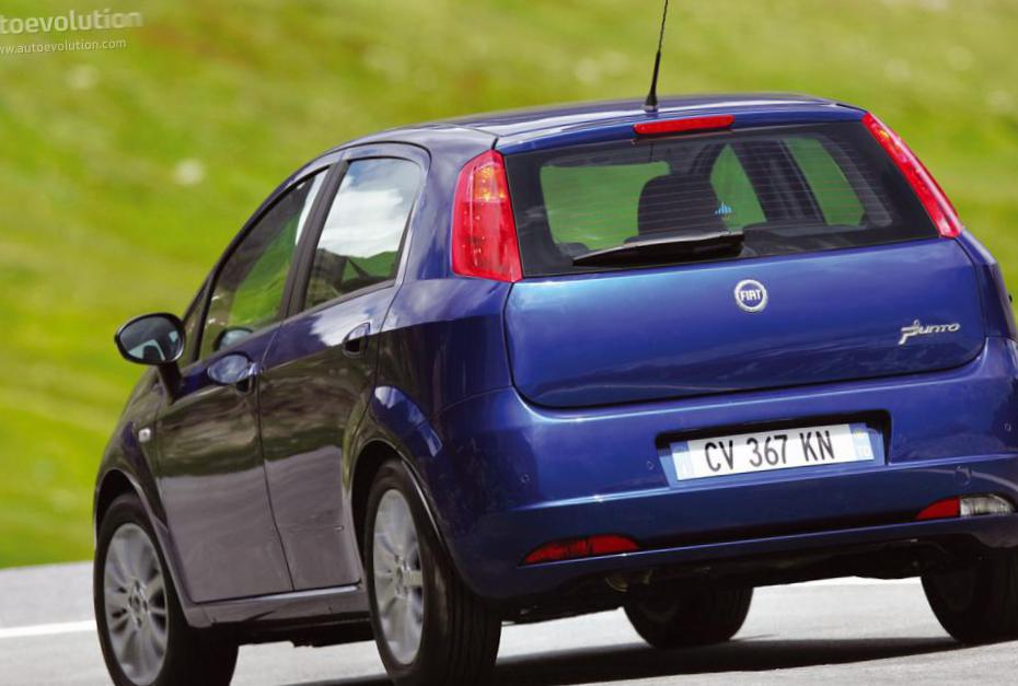 Grande Punto 5 doors Fiat review 2012