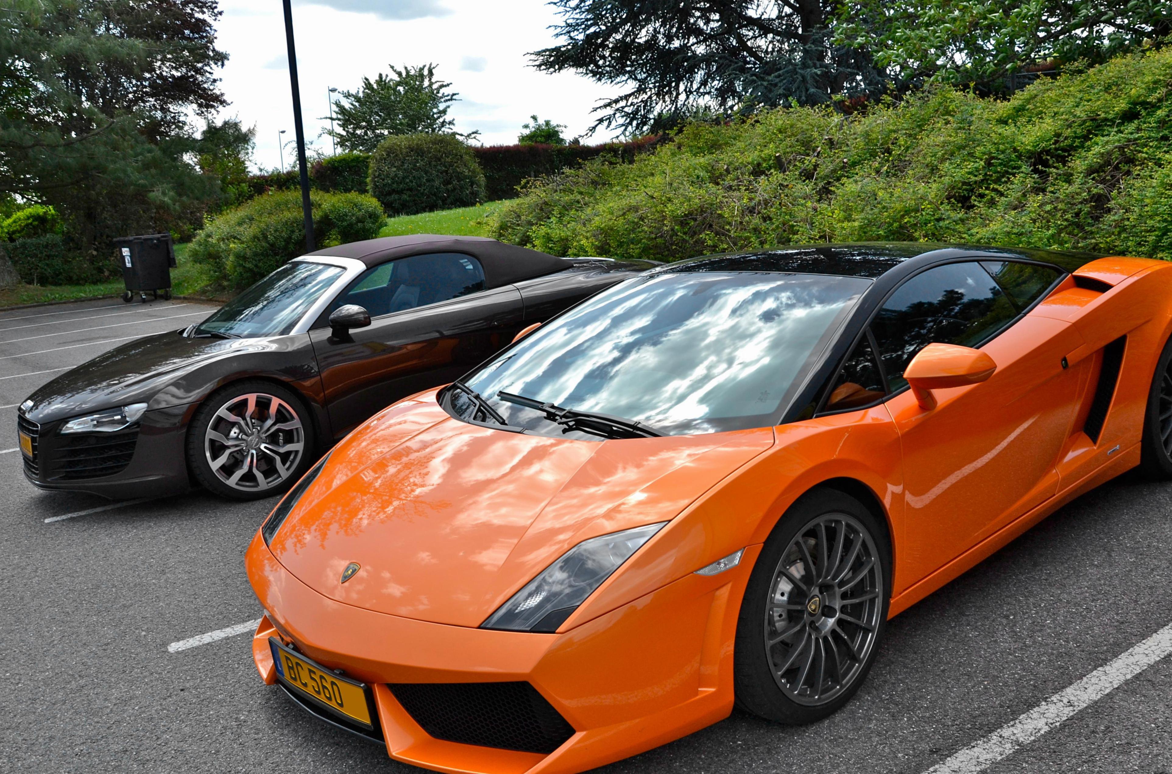 Lamborghini Gallardo Lp 560 4 Bicolore Photos And Specs Photo