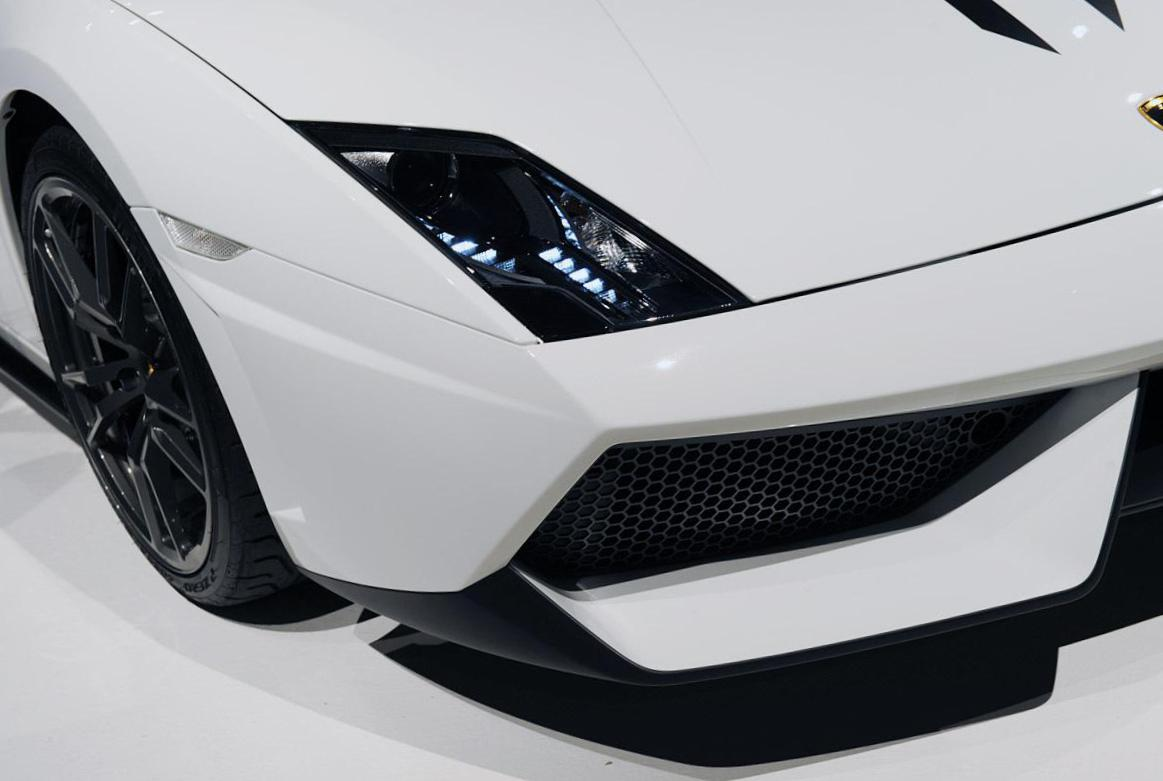 Lamborghini Gallardo LP 570-4 Spyder Performante configuration 2013