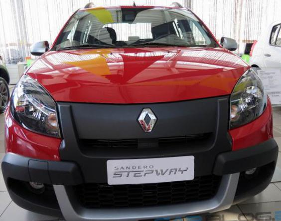Renault Sandero Stepway review sedan