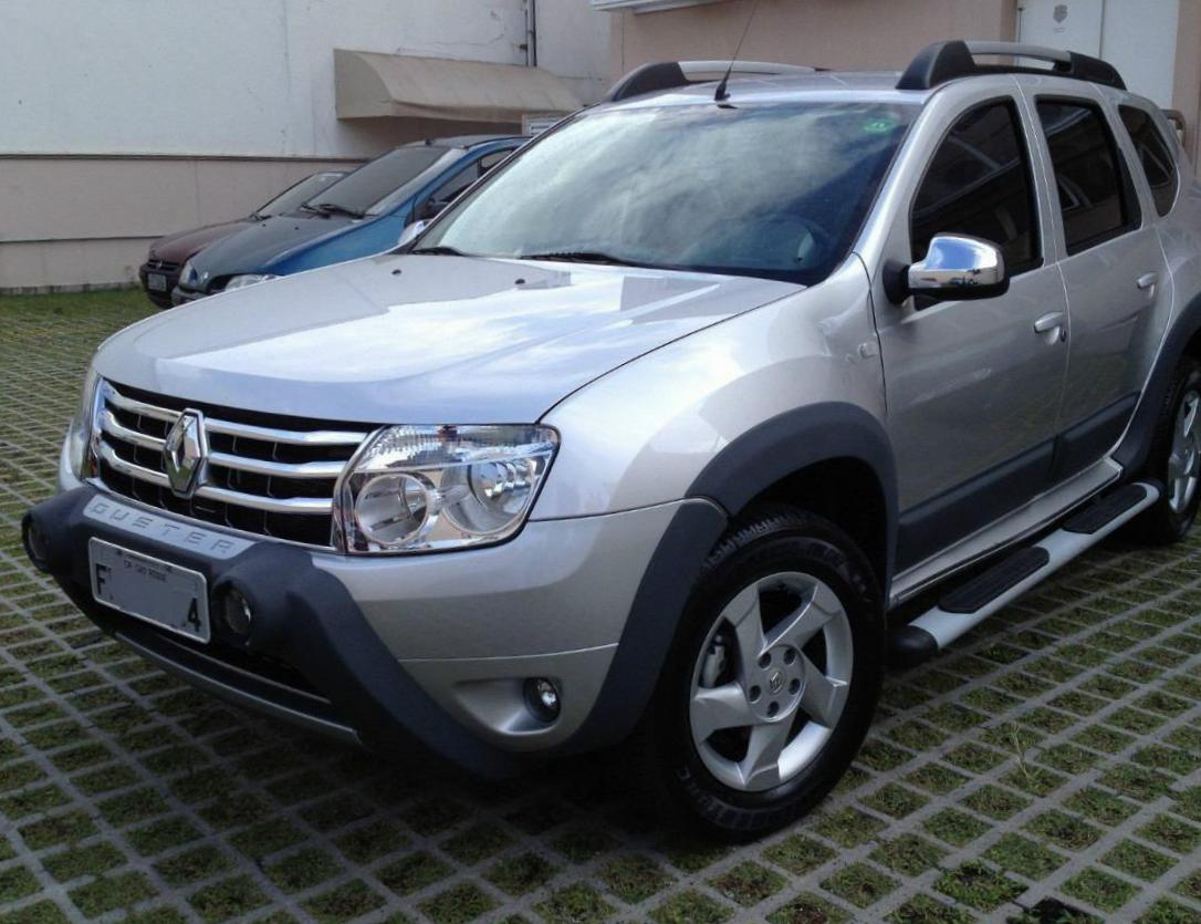 Renault Duster Specification sedan