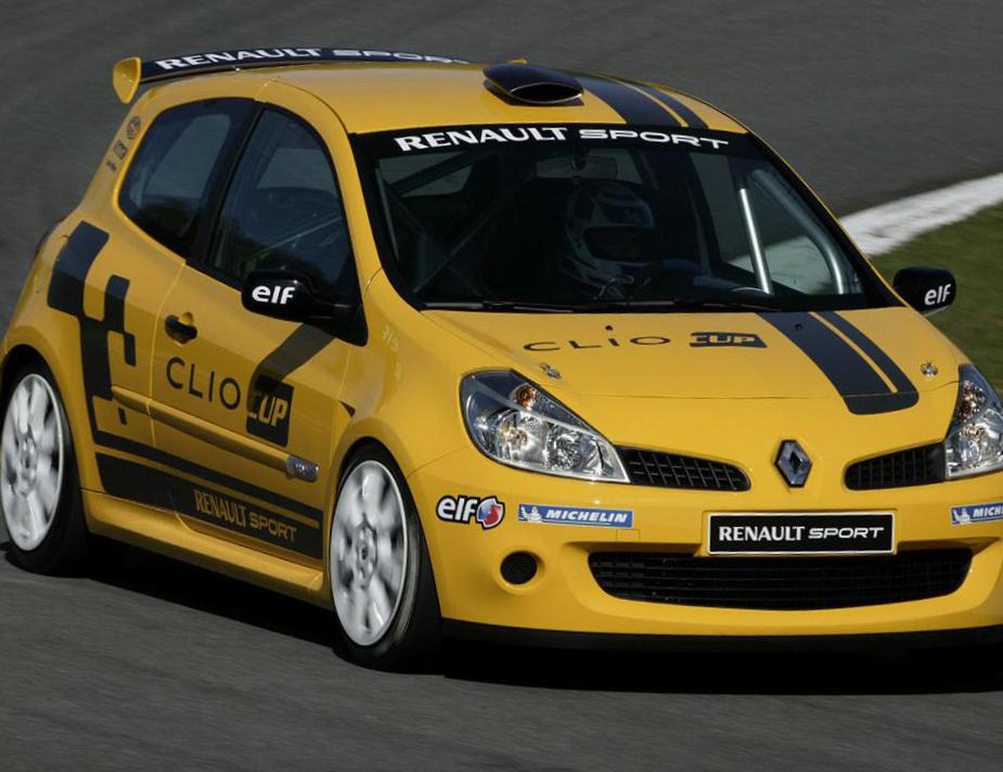 Renault Clio Sport Specification 2013