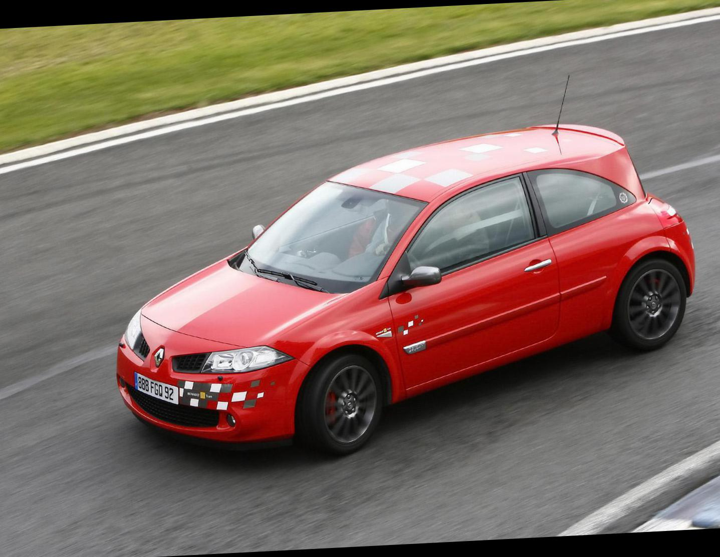 Renault Megane R.S. Specification hatchback