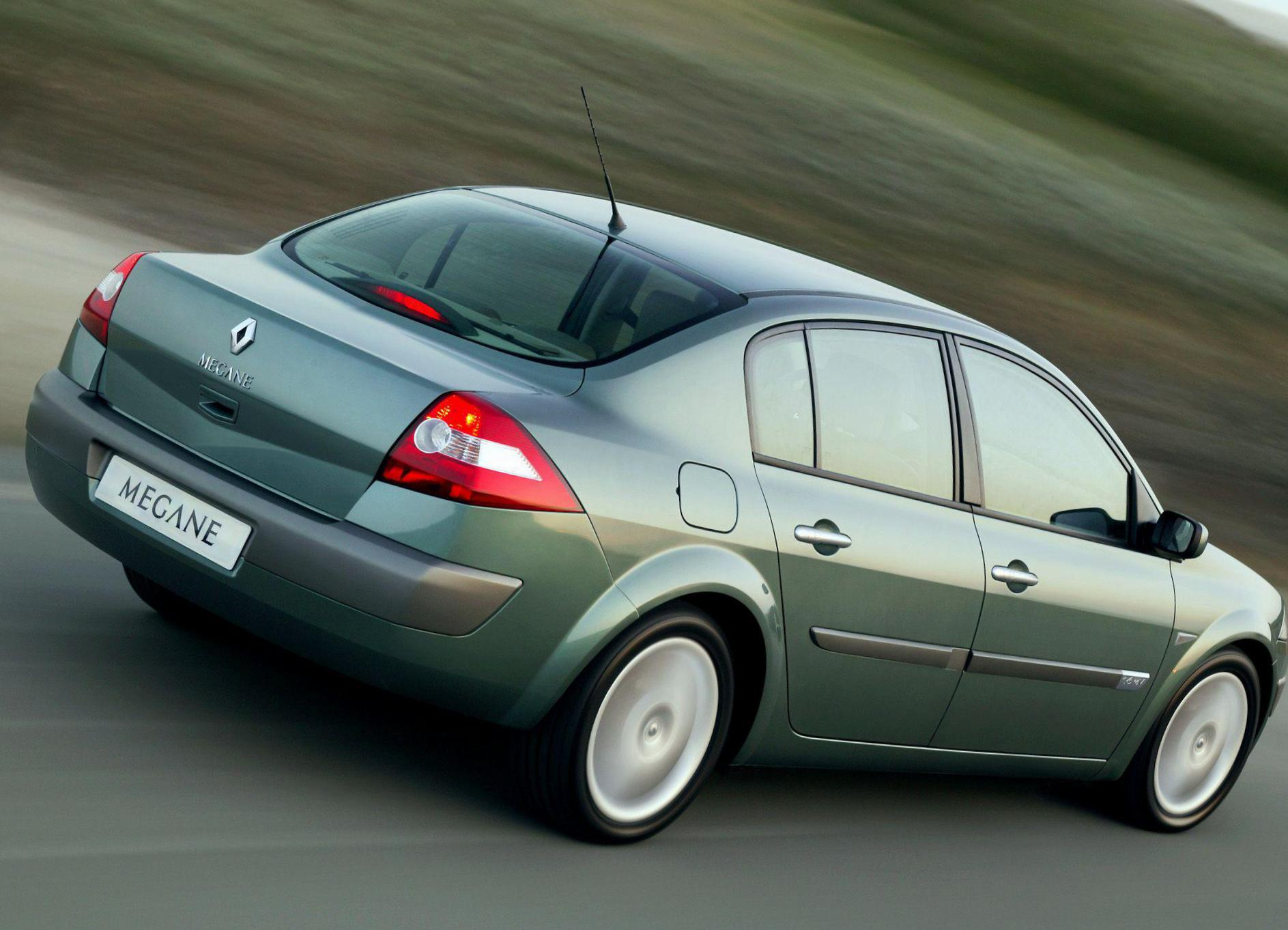 Renault Megane Sedan approved 2010
