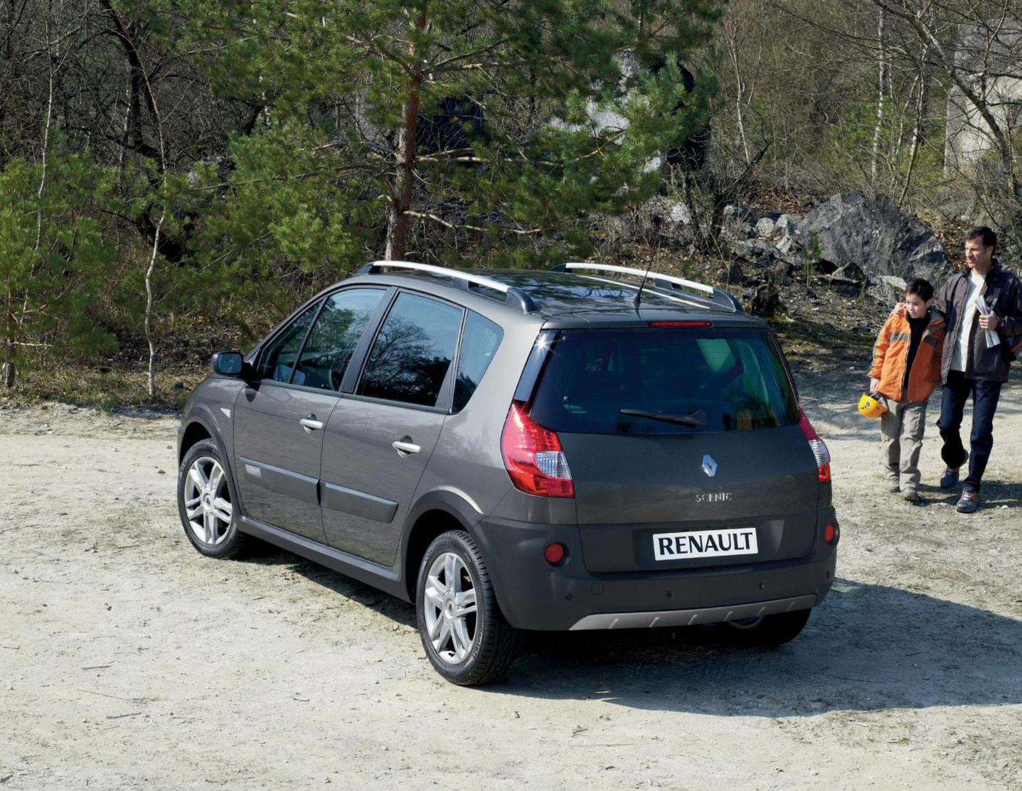 Scenic Conquest Renault reviews 2011