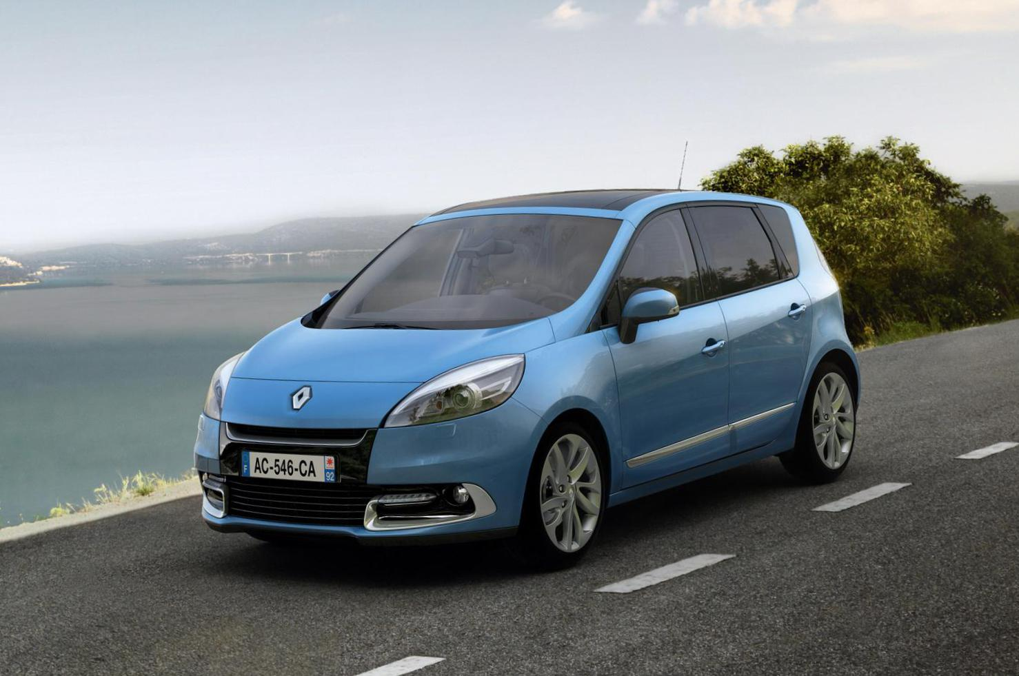 Grand Scenic Renault review 2015