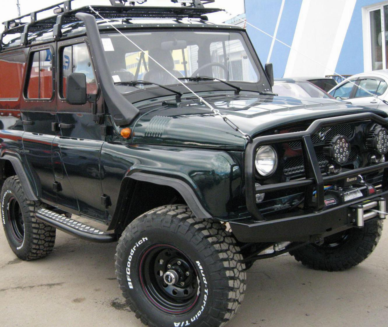 UAZ Hunter Photos and Specs. Photo: Hunter UAZ usa and 19 ...