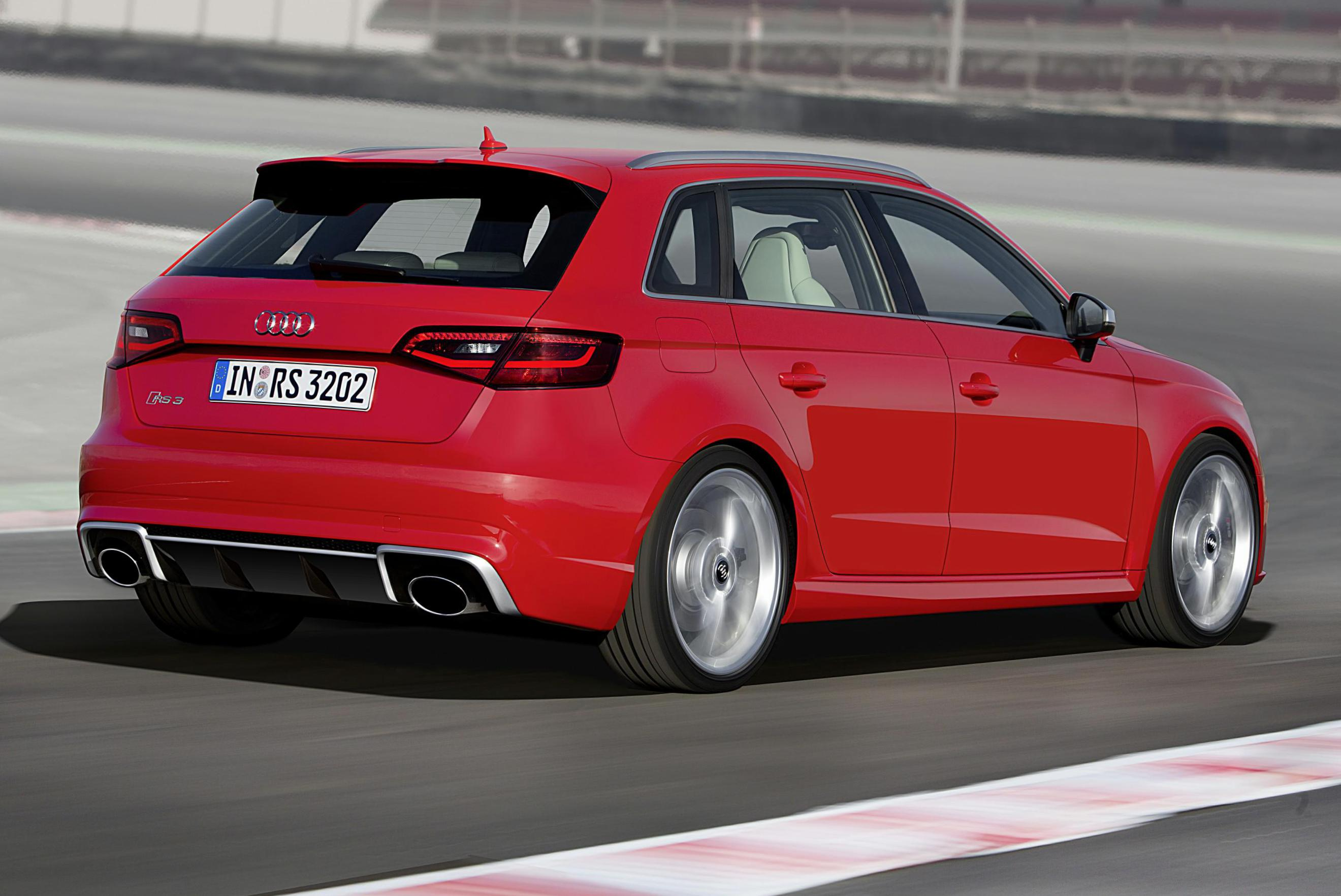 Audi RS3 Sportback review 2000