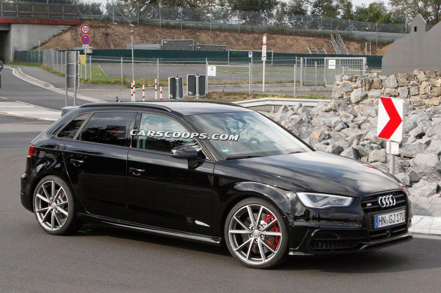 audi rs3 sportback photos and specs photo audi rs3. Black Bedroom Furniture Sets. Home Design Ideas