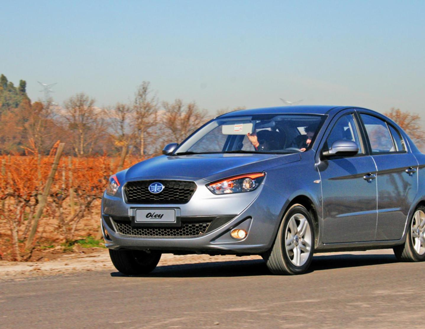 Oley Hatchback FAW review 2014