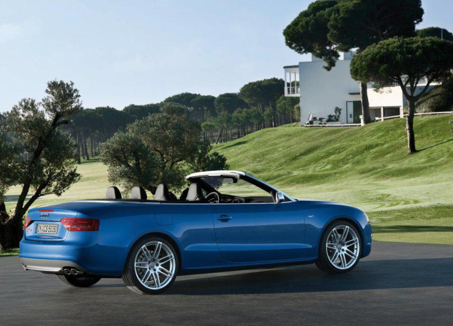 S5 Cabriolet Audi review liftback