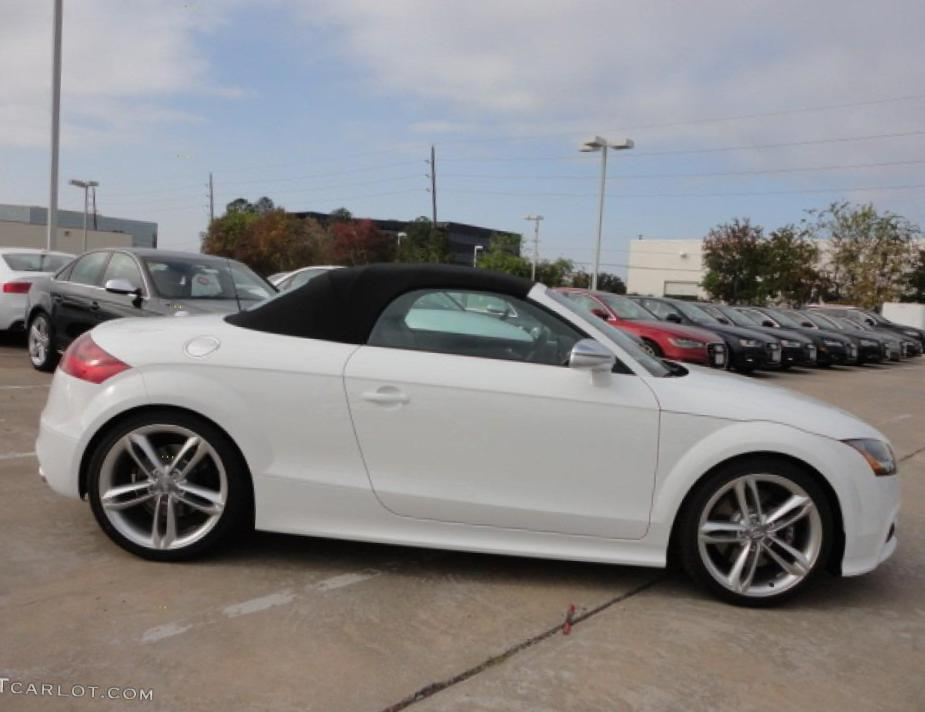 Audi TT Roadster approved coupe