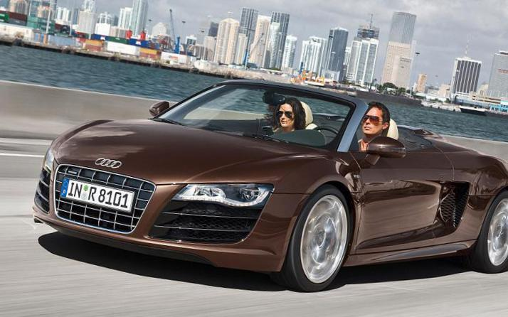 R8 Spyder Audi how mach sedan