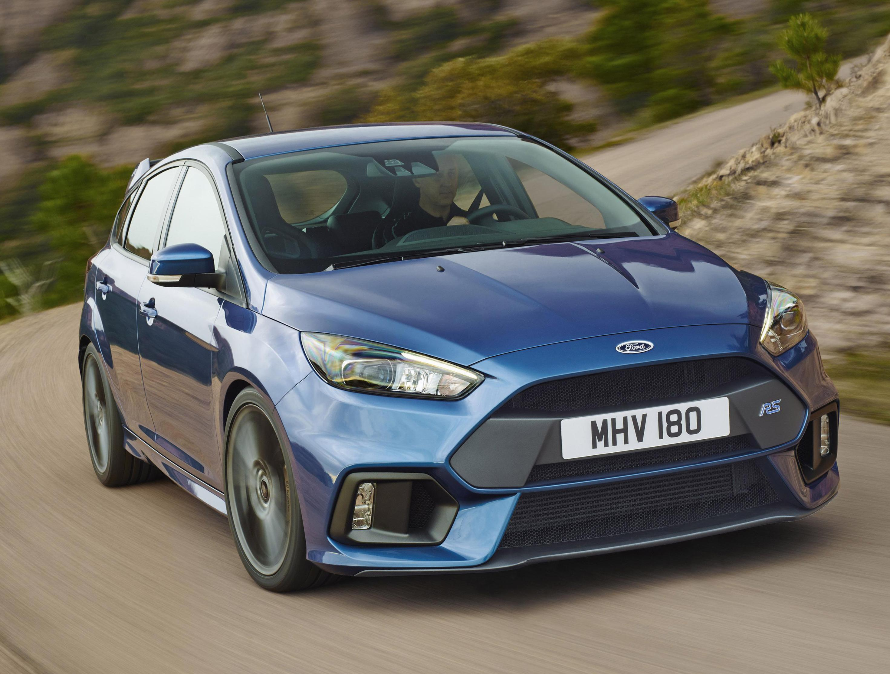 Focus RS Ford reviews 2012