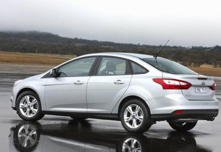 Ford Focus Sedan prices hatchback