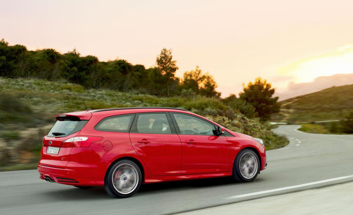Ford Focus ST Wagon auto 2013