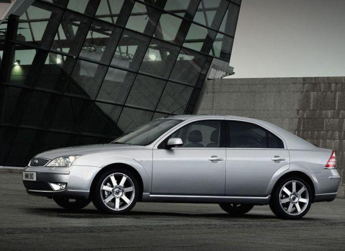 Ford Mondeo Liftback spec sedan