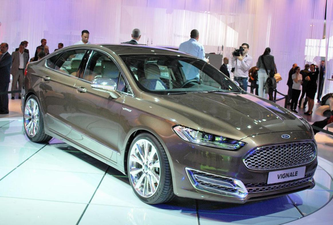Ford Mondeo Vignale Sedan Specification 2013