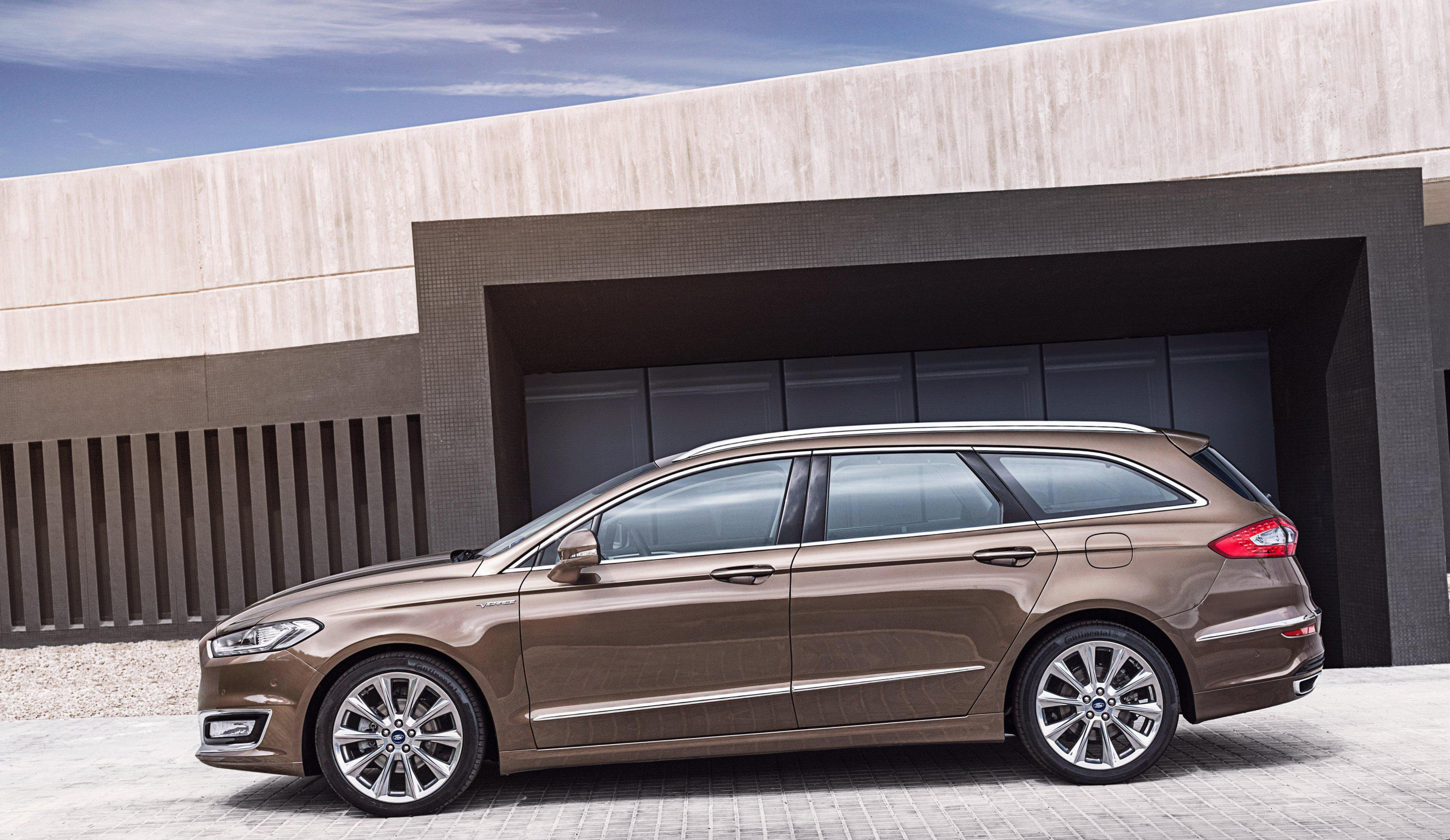 Mondeo Vignale Wagon Ford new sedan
