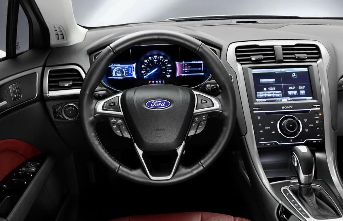 Mondeo Sedan Ford reviews 2013