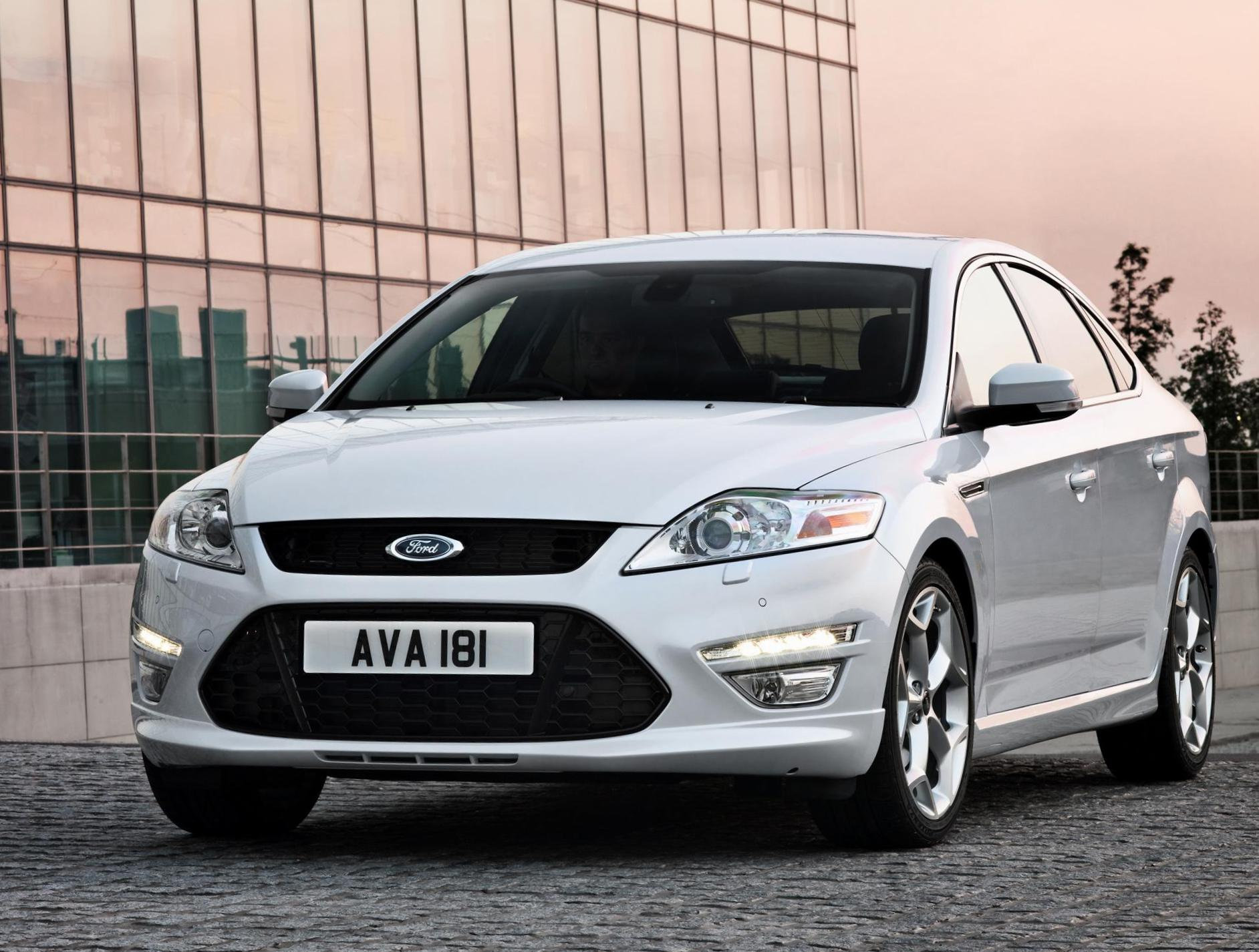 Mondeo Hatchback Ford price coupe