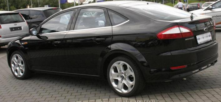 Ford Mondeo Hatchback spec 2008