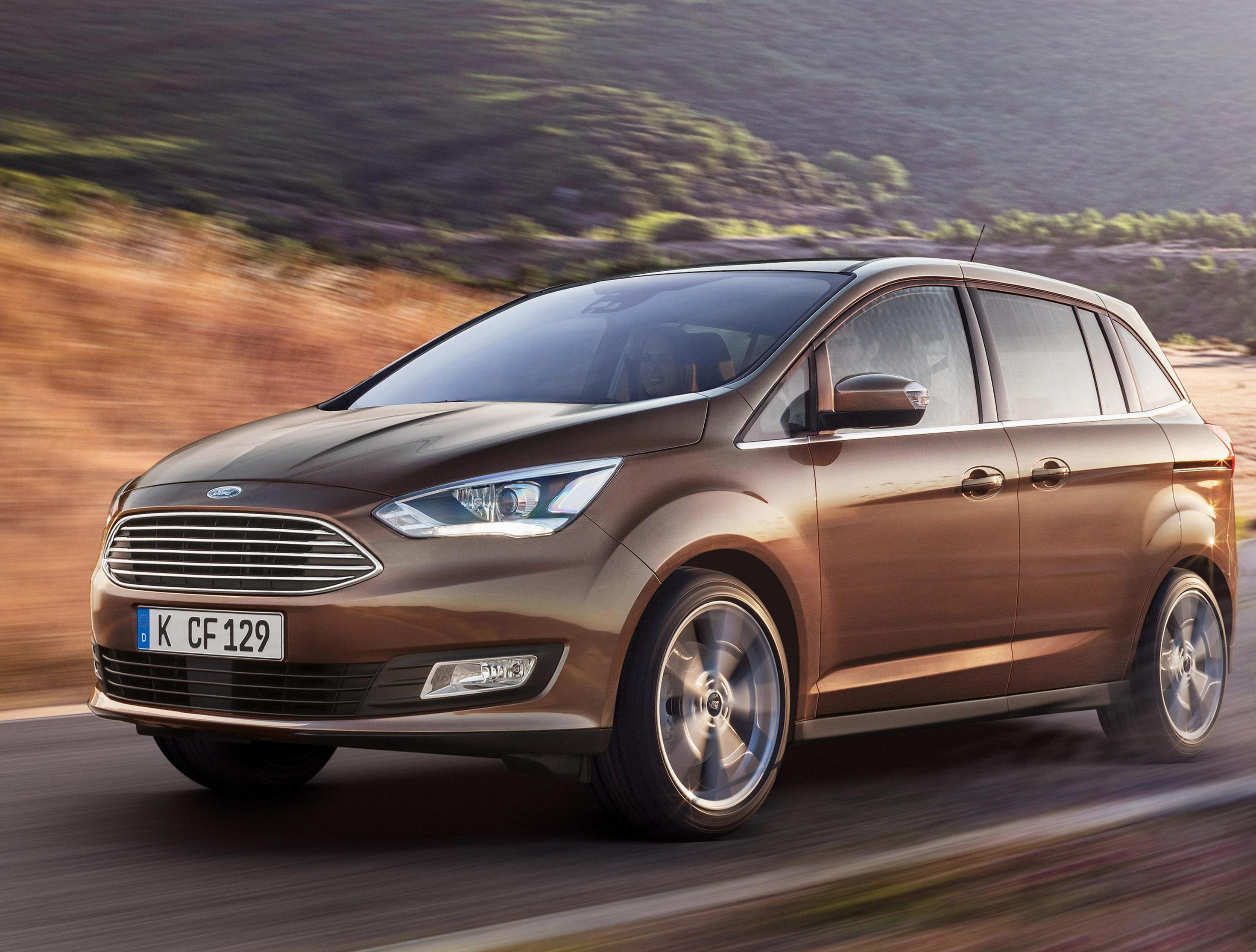 Ford Grand C-Max Photos and Specs. Photo: Grand C-Max Ford ...