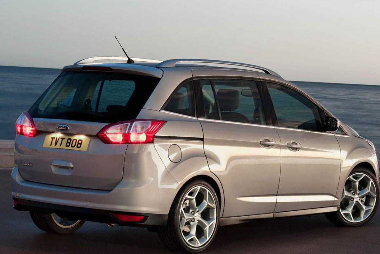 Grand C-Max Ford reviews wagon