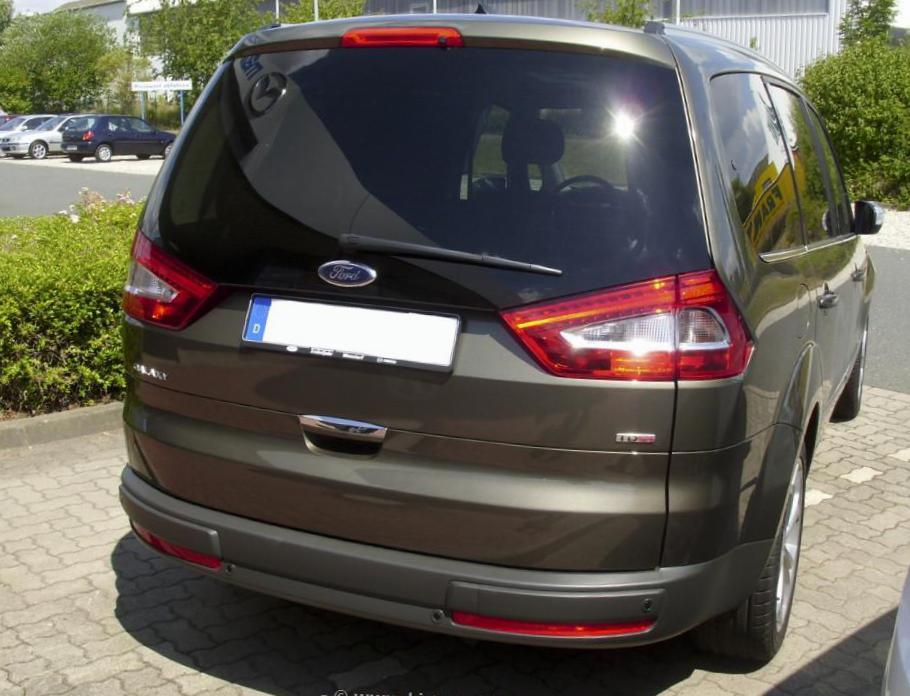 Ford Galaxy reviews 2012