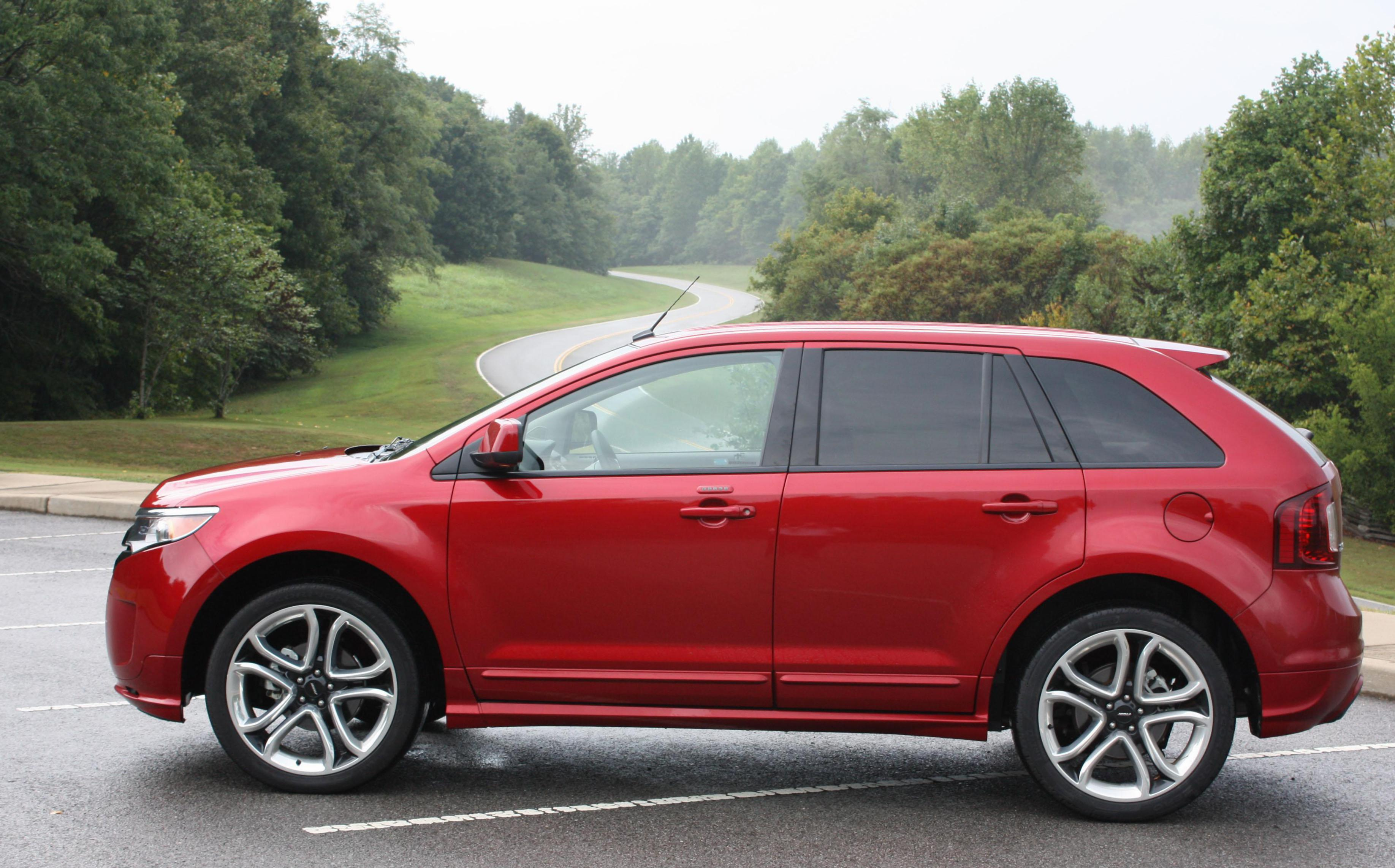 Ford Edge review hatchback