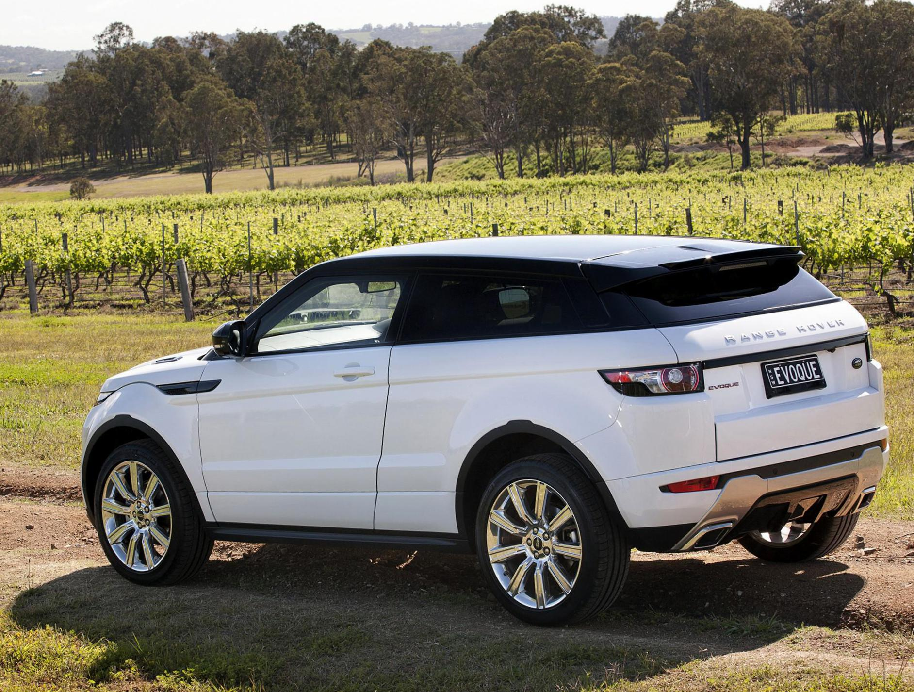 Land Rover Models >> Land Rover Range Rover Evoque Coupe Photos And Specs Photo