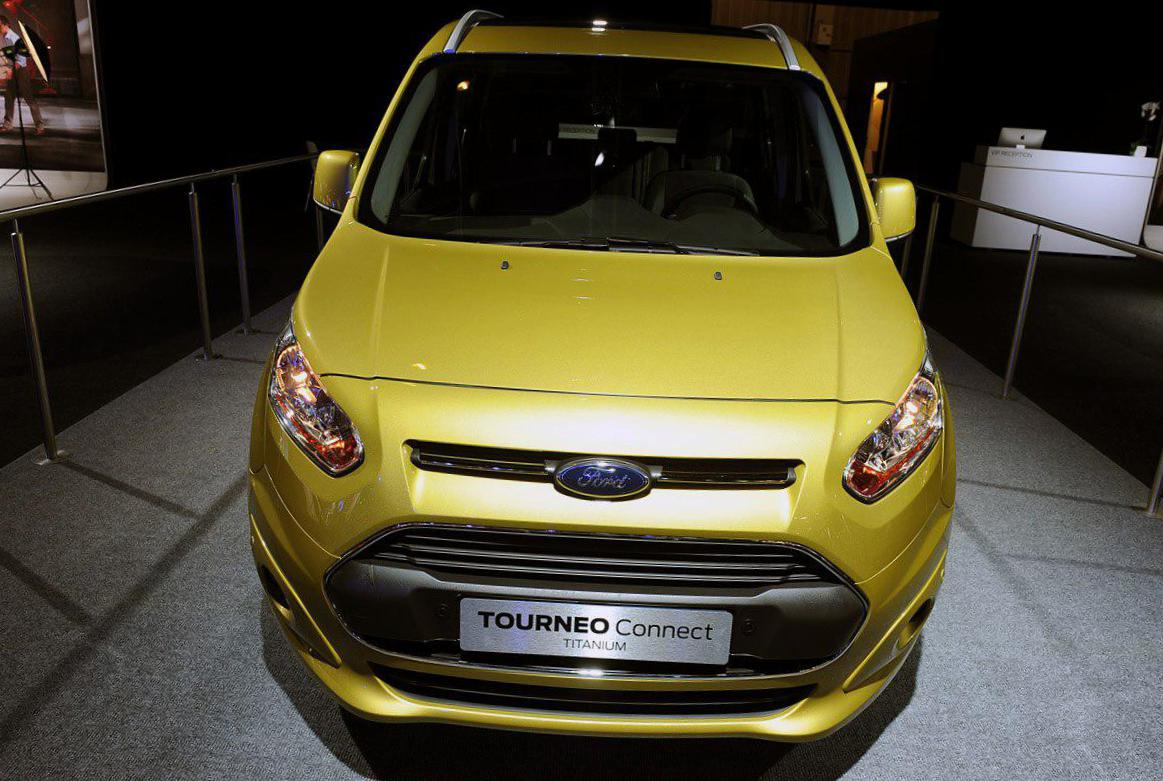 Tourneo Connect Ford Characteristics 2011