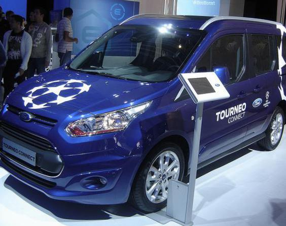 Ford Tourneo Connect cost hatchback